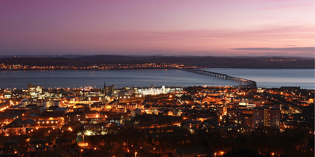 Tay Bridge, Dundee (Image from Bonnie Dundee)